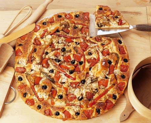 PIZZA PUGLIESE DELLA CASA DA 2,5 KG O 4 KG