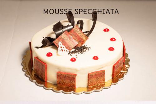MOUSSE SPECCHIATA