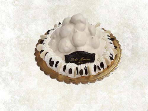 PROFITEROLES BIANCO - Bignoline farcite con crema al limone, ricoperte con una ganache al cioccolato bianco, decorata con panna