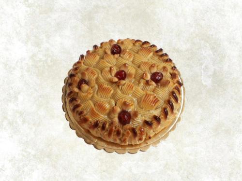 DELIZIOSA - torta farcita con marmellata di albicocche e rivestita con pasta di mandorla